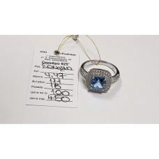 Серебряное кольцо 4.47г